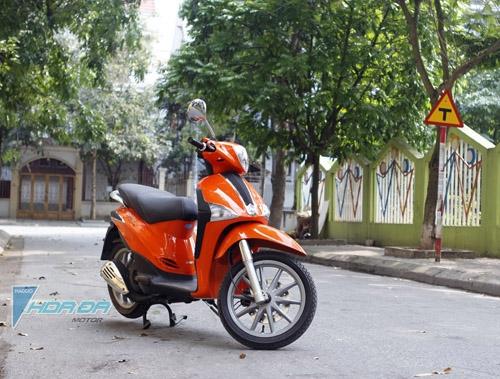 Lyberty được sơn màu cam