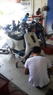 Đi xe máy, sửa đâu cũng lo!