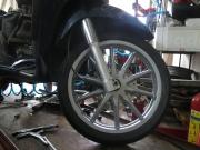 Nên thay lốp xe Vespa LX nào tốt nhất? Chính hãng giá bao nhiêu?